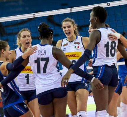 Pre-favourites live up to their billing, Greece seize second win at #EuroVolleyW