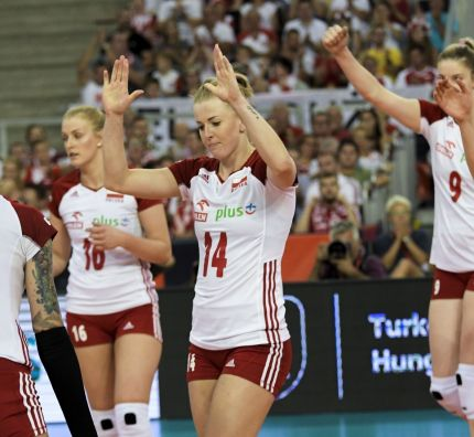 Turkey survive drama as top teams record compelling 8th Final wins